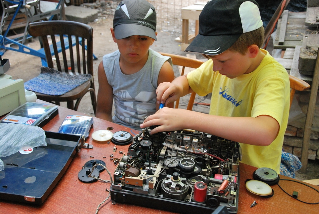 tinkering-school-bratislava-2013-day-5-8